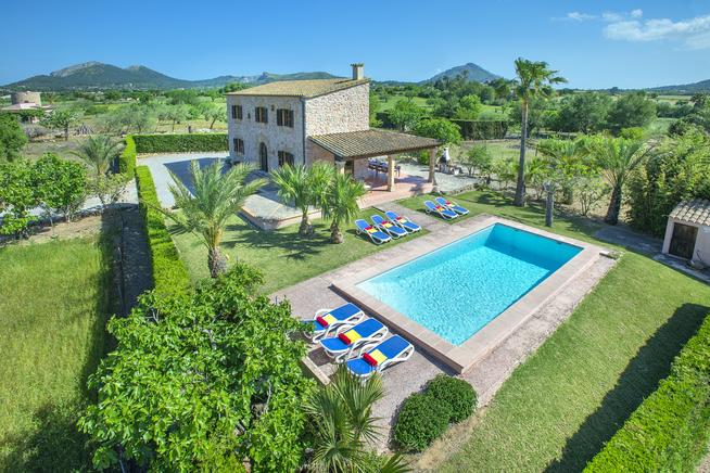 Beautiful stone villa Xanet Abaix located between Pollensa and Alcudia