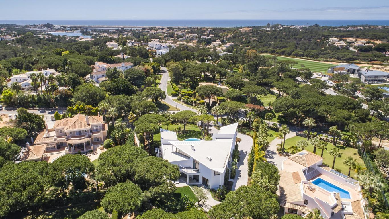 Rent a luxury Villa Orelio in algarve, Portugal