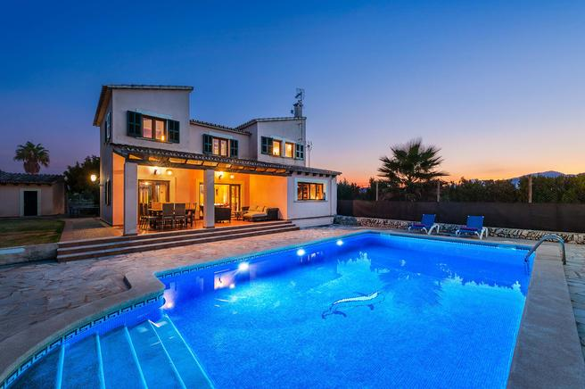 Can Roca - Alcudia villa to rent, Majorca