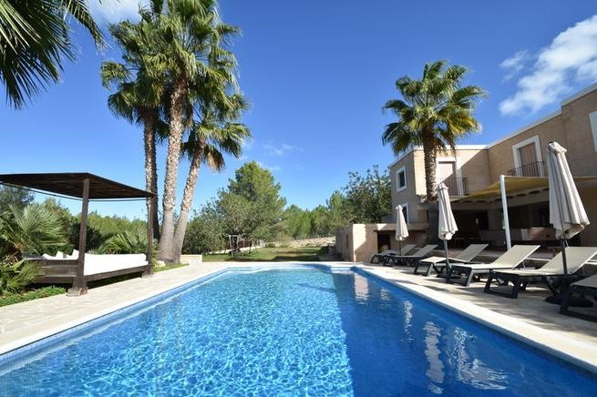 Charming and Traditional villa for rent in San Rafael, ibiza