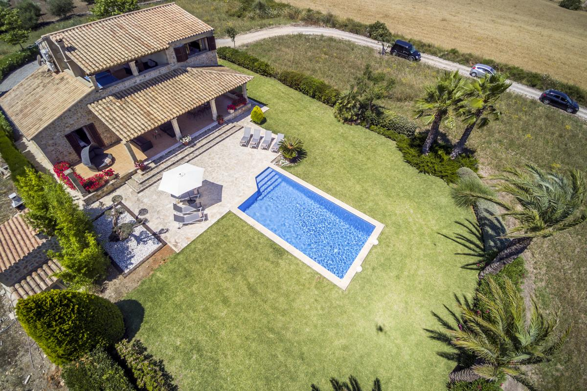 Charming country house to rent in Alcudia and Puerto Pollensa