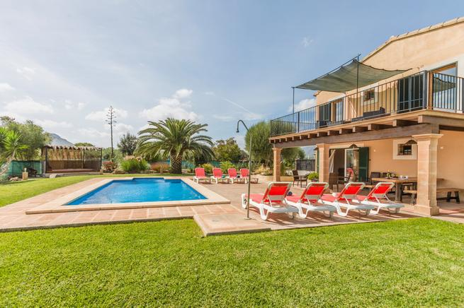Villa Can Guixa, Holiday rental house between Pollensa and Alcudia, Mallorca