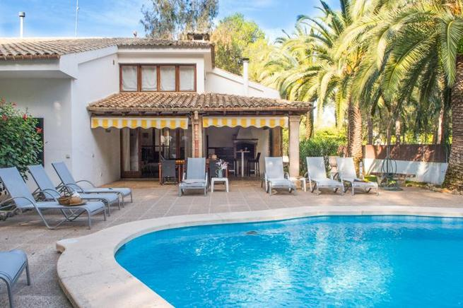 Can Borras- Rustic villa close to the Puerto Pollensa