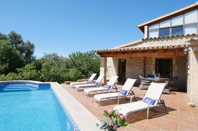 Charming Country Houses with private pool in Alcúdia bay, Mallorca