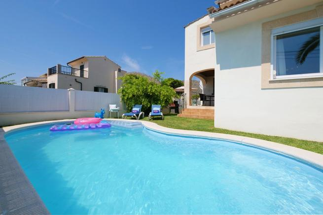 child friendly holiday villa in Alcúdia, Mallorca