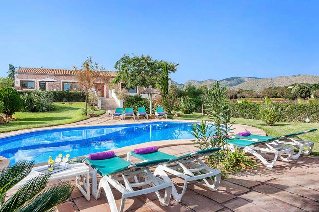 Nice villa rental very close to the bay of Puerto Pollensa