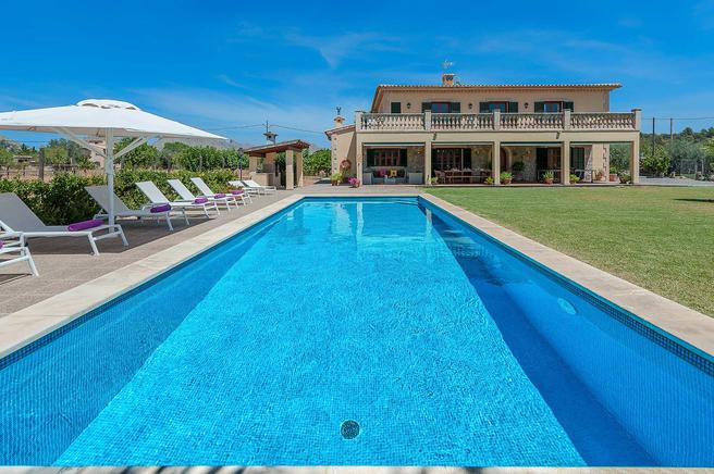Magnificent country homes and ideal for family holidays in Puerto Pollensa