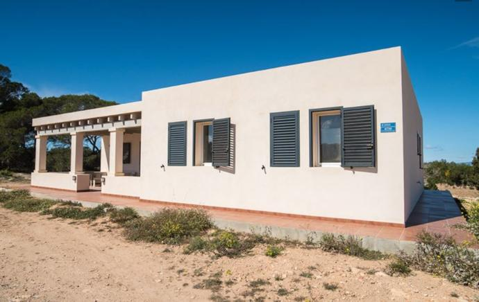 Cozy villa for rent in Formentera, Spain