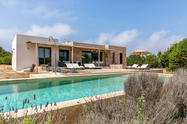 Luxury villa for rent in Formentera, Spain