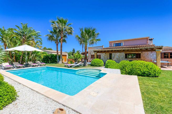 Fantastic countryside villa in Puerto Pollensa