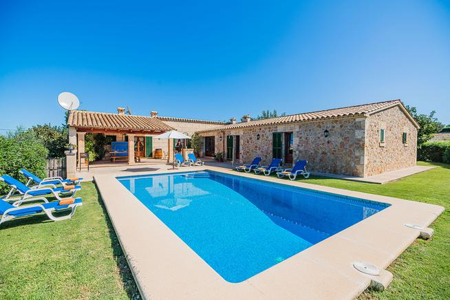 Luxury Villa Malagarba with amazing views of the Puig de Maria mountain in Pollensa.