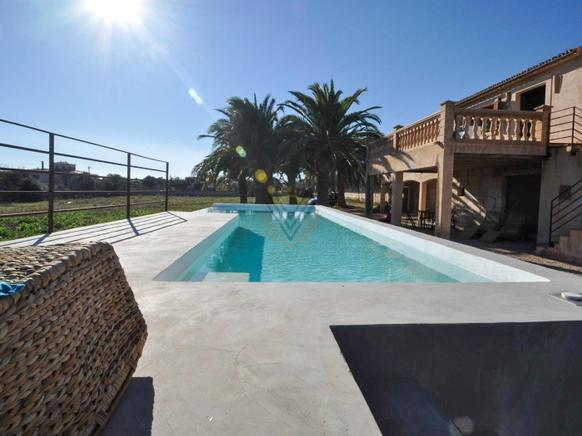 Country homes close to the sea and the Cala Millor Beach and near the Cala Bona, Mallorca