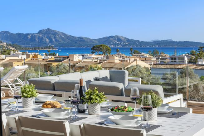 Huge luxury villa with impressive landscape of Puerto Pollensa