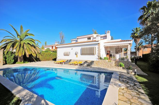 Villa Fonoll Mari - Amazing for family holydays in Mallorca