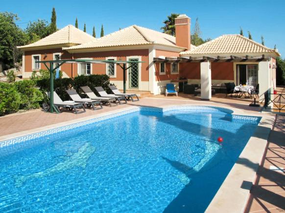 Pleasant holiday villa rental in Loulé, Algarve