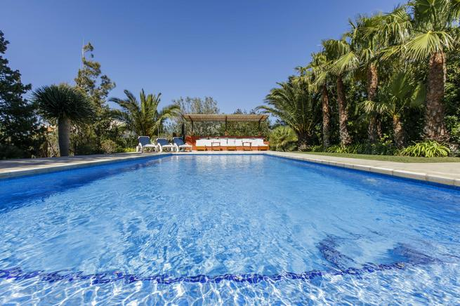 Charming and rustic villa in Sant Josep for rent