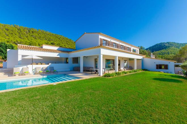Holiday rentals luxury villa in Andratx, Mallorca