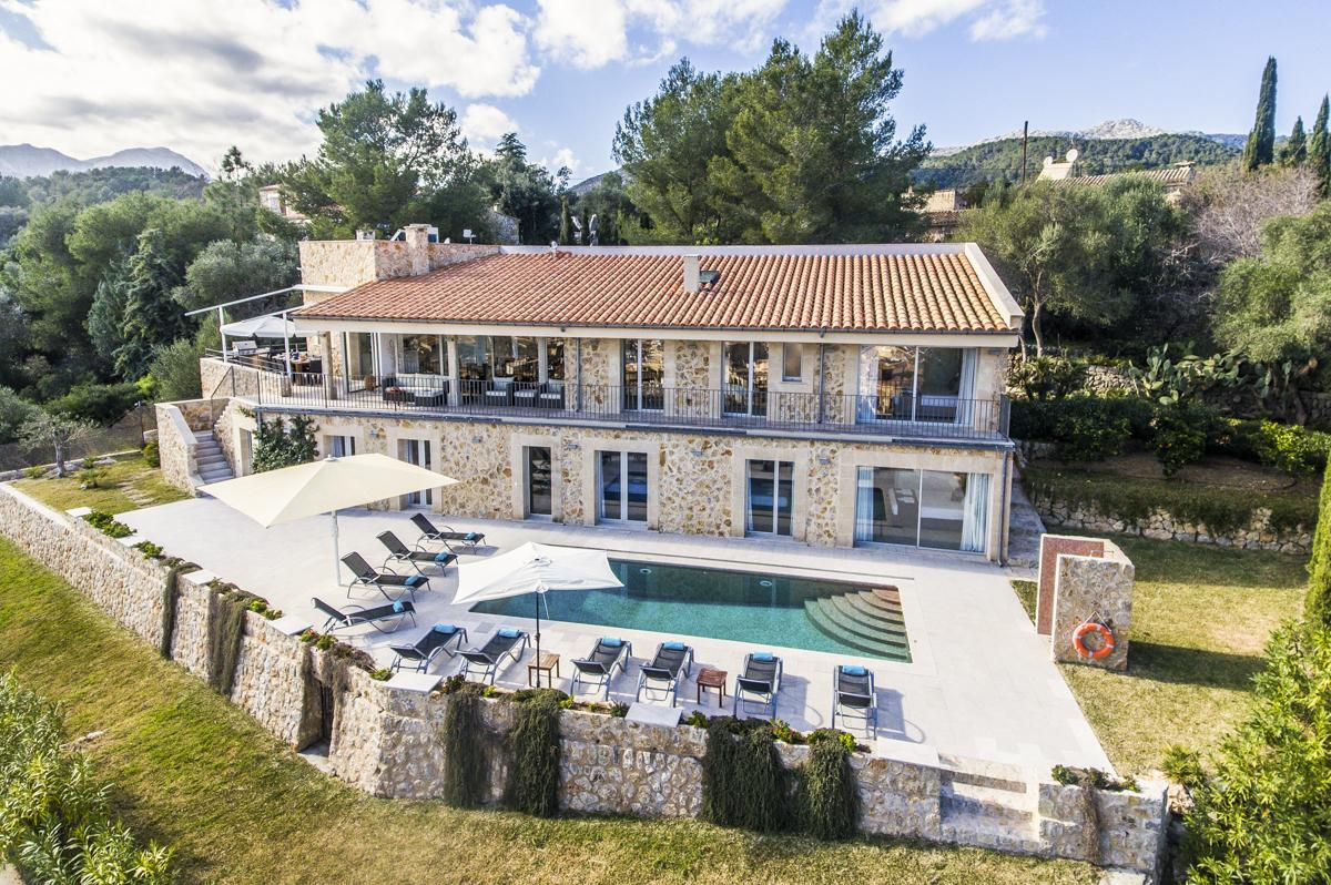 Beautifully & traditional country homes Mallorcan style with a fabulously modern design, Casa de Calvari
