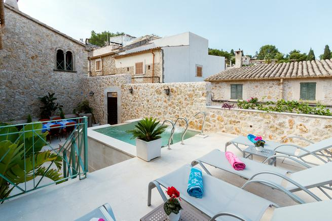 Holiday town house in Pollensa Old Town, Majorca