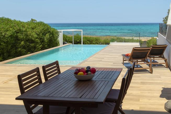 Holiday townhouse with pool in Son Serra De Marina, Mallorca