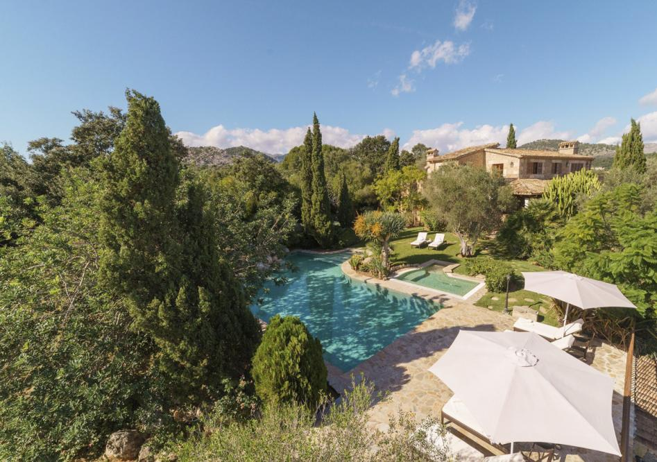 Villa Reco de marina is a luxury Villa to rent in Pollensa
