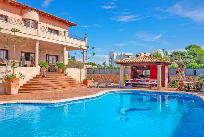 Holiday Villas to rent in Puerto Pollensa, Mallorca