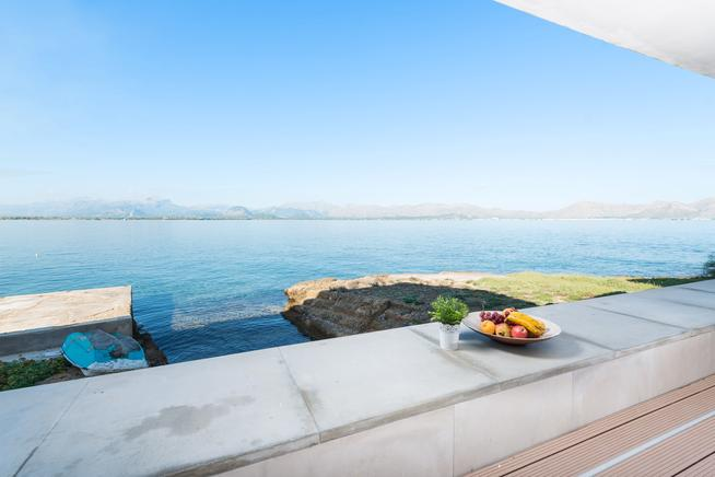 House located in the fantastic bay of Alcudia