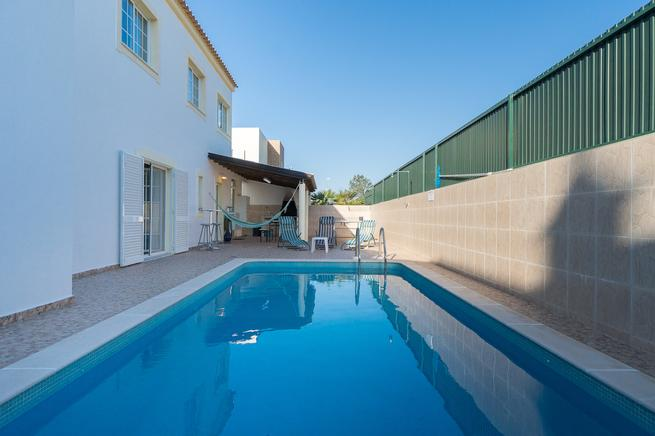 House with private pool in Faro, Algarve (Portugal)
