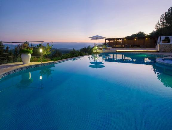 Large villa for rent in San Antonio Abad, Ibiza