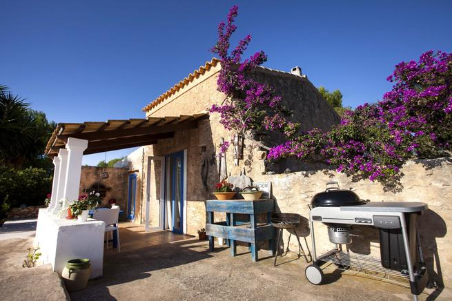 Lovely villa special for couples for rent Formentera