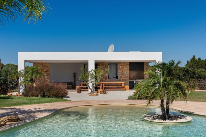 Luxury traditional villa for rent in Ibiza