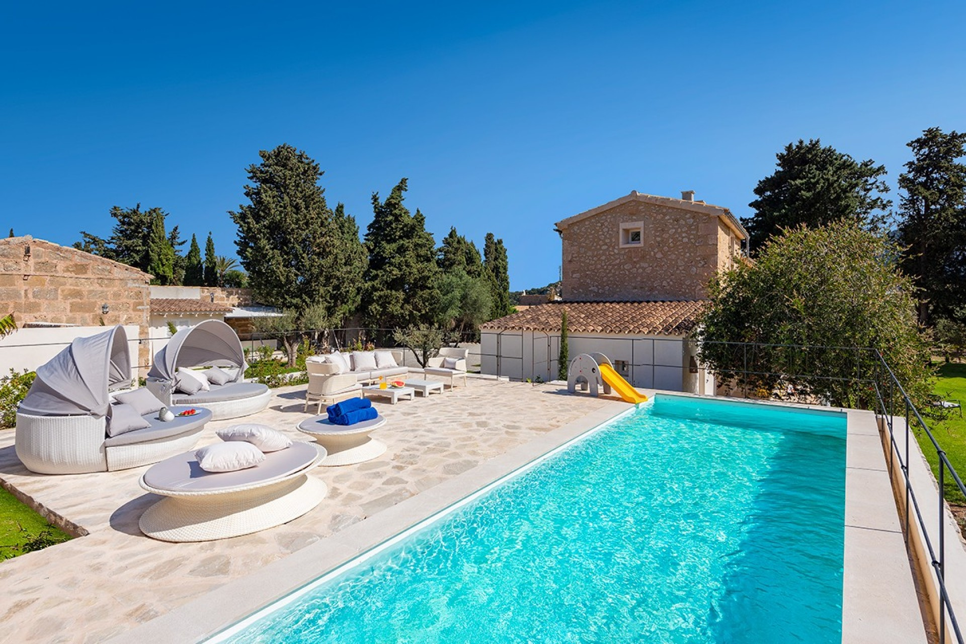 Superb rural retreat rental in Pollensa, Mallorca with private pool