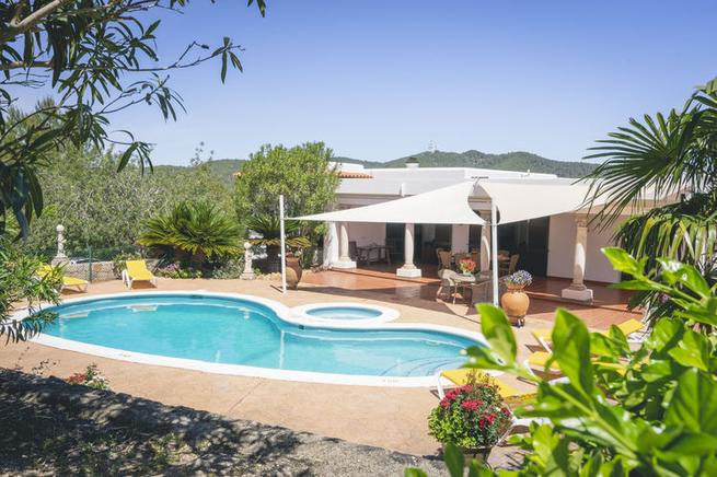 Traditional country homes for holidays in Santa Eulalia, Ibiza