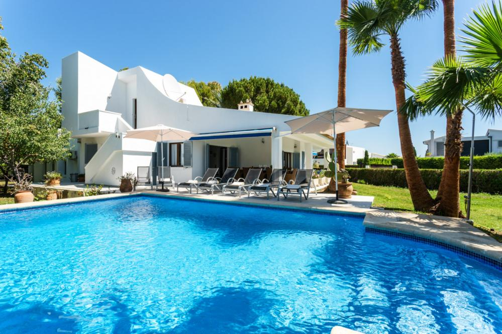 Villa Playa - is a Fantastic holiday villa for large families in Puerto Pollensa