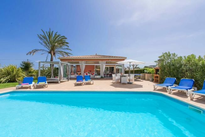 Premium Villa for rent in Puerto Pollensa