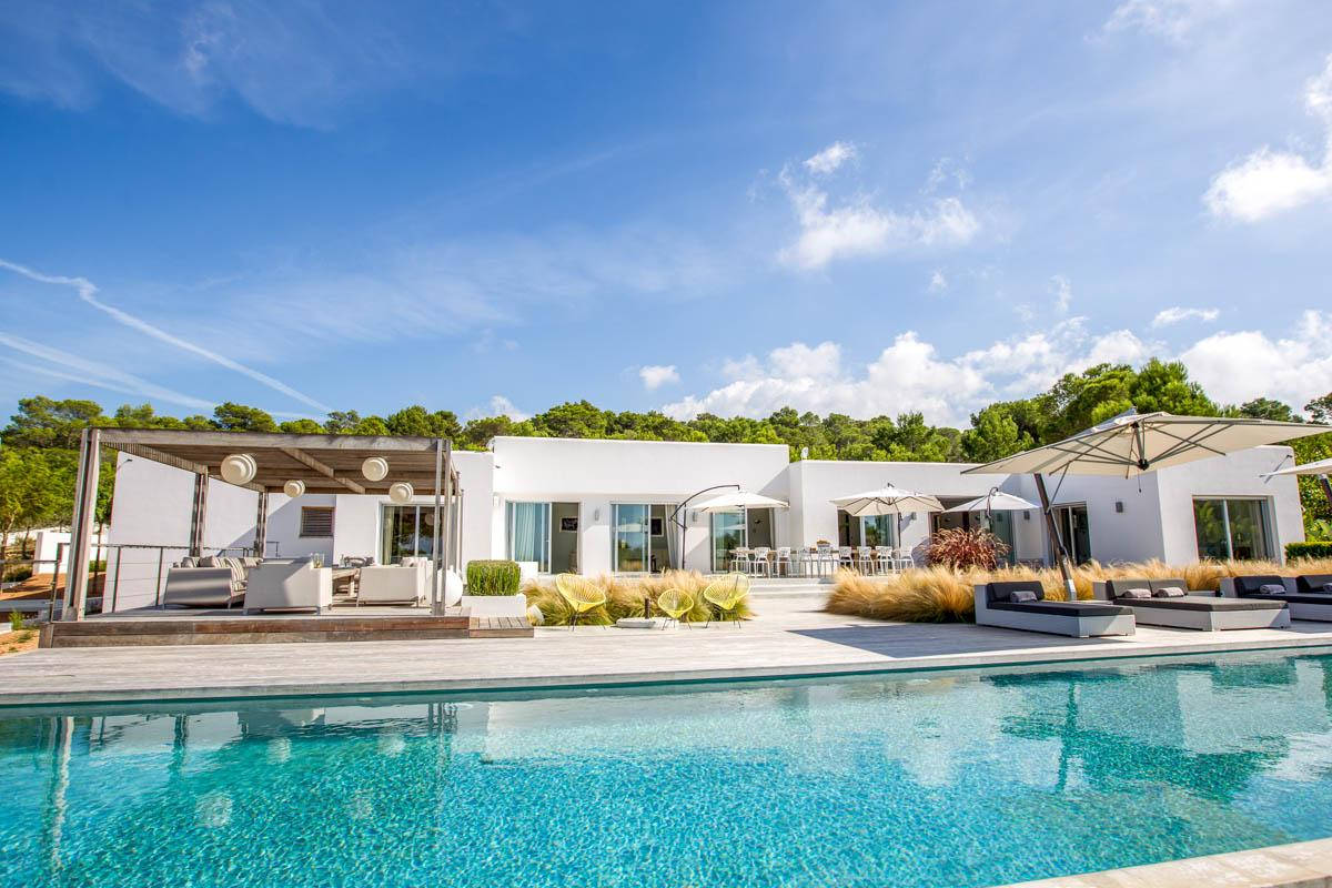 Villa Hisopo when modern meets traditional in Cala Bassa, Ibiza