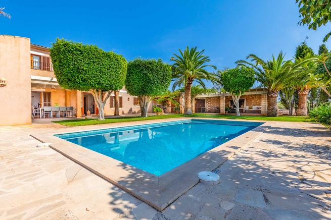 Villa Tallador - Countryside villas to rent in Santanyi
