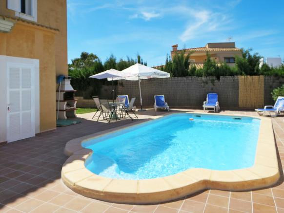 Villa to rent in Cala Millor, Mallorca
